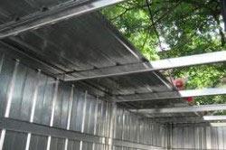 как и чем лучше крыть крышу гаража