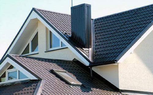 Скатная крыша дома