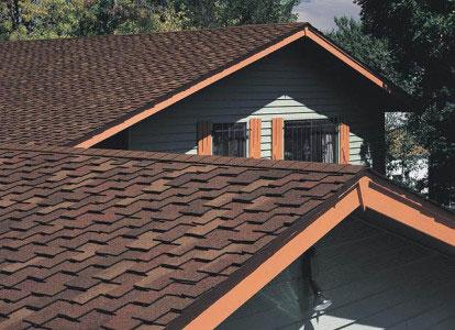 Обшитая крыша дома