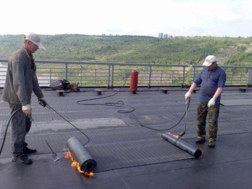 Ремонтные работы на плоской крыше